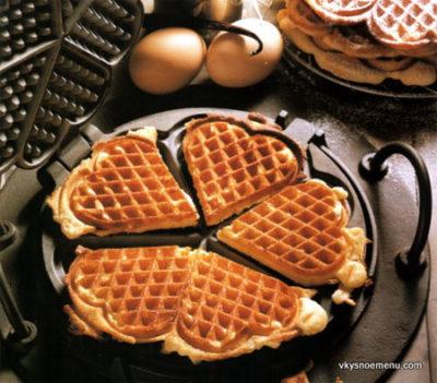 Рецепты для вафельницы. Как приготовить домашние вафли с разным вкусом.