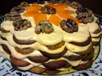 Торт без выпечки с творожным кремом, тыквой, орехами и кофе эспрессо