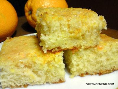 Воздушный пирог на кефире с апельсинами