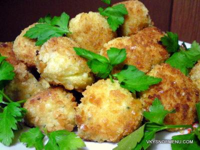 Рецепт рисовых шариков с сыром и травами